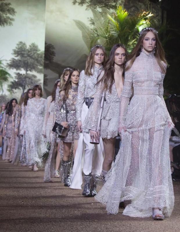 Haute couture printemps-été 2016 Elie Saab : Un soir d'été, dans un jardin indien