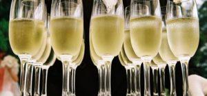 Mon expérience au bar à champagne de l'hôtel Les Bulles dans le V arrondissement de Paris
